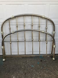 Vintage Bright Brass Queen Bed, Head/Foot and frame as in pictures... Bowie, 20716