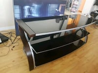 Black Glass and Wood TV Stand Vancouver, V6G 2K8