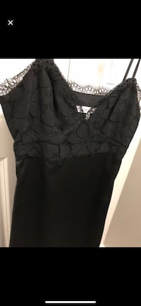 BCBG Silk and Lace Dress Vaughan, L4L