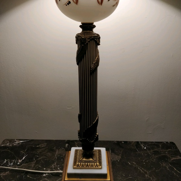 1960s handpainted glass and brass lamp on marble 5dc66663-0cb0-4ec0-a549-839f14e50bb1