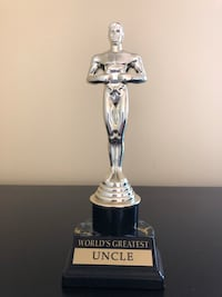 Uncle trophy New York, 11375
