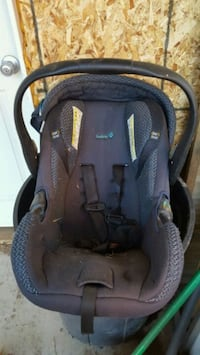 baby's black and gray car seat carrier Rome, 13440