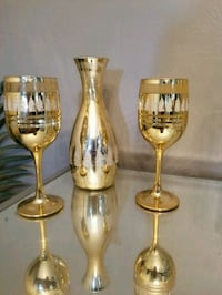 Gold decanter and wine glass set Vaughan, L4L 6C4