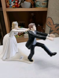 Wedding Cake Topper or great gag gift $6 Vancouver, V5T 1X9