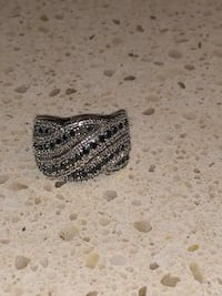 925 Silver ring with diamonds