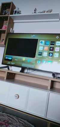 Vestel smart tv 109ekran 43inc