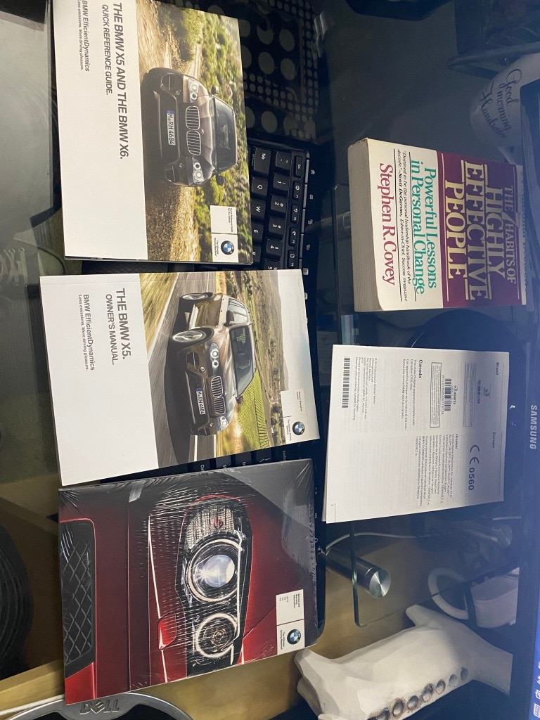 Photo BMW X5 User manual + unopened service and warrantly info