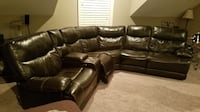 Leather Sectional w/recliners null