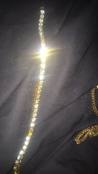Jewelry wrist a little old missing one Los Angeles, 91606