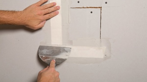 Painting and Drywall repair d6dc69b1-a502-429e-9429-8fc36b7ac464