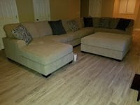 4 piece sectional with chaise lounge Norfolk, 23503