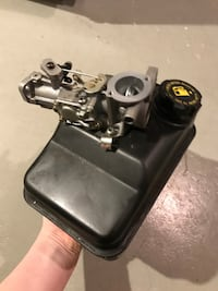 Briggs and stratton 5hp horizontal engine NEW CARB and tank Ellicott City, 21043