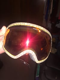 Brand new electric goggles half off need to move ASAP Denver, 80221