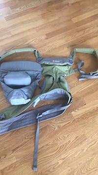 Ergobaby baby and new born carrier