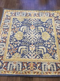 Brand new area rug %100 wool 6x6ft