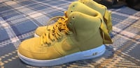 Yellow Nike  Chesapeake, 23323