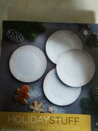 white and gold ceramic plate