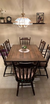 "Table 60""x42"" and 6 chairs Saint James, 11780"