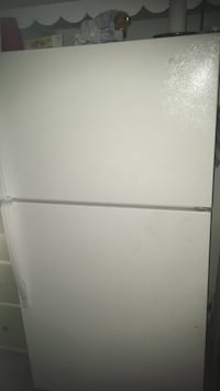 White top-mount refrigerator Fowlerville, 48836