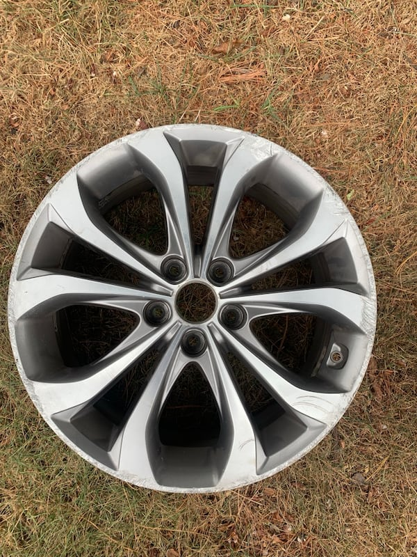 Hyundai Sonata wheels 18 1