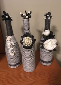 Different. Gray and white yarn black and white floral   Lady Lake, 32159