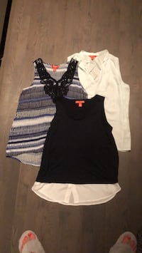 Joe Fresh Women's navy and white sleeveless shirts, sm-med Toronto, M5V 1S6