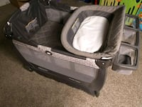 baby's black and gray travel cot Albany, 12203