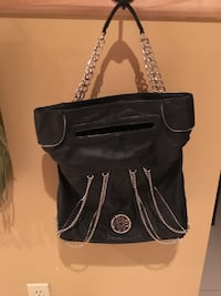 New leather black purse with chains , NEVER USED  Montréal, H1E 4R1