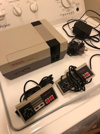 Nes console with 2 controllers and hookups Whitchurch-Stouffville, L4A 0R2