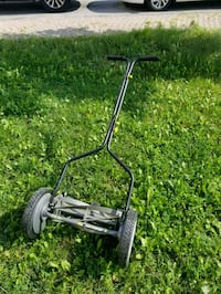 "Earthwise manual lawn mower - 14"" Mississauga, L5V 3B1"