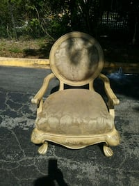 classic conversation chair ( only one) Hollywood, 33024