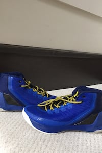 Under Armour Curry 3s 8.5 us