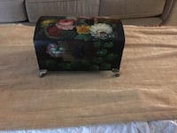 Beautiful hand painted jewelry box Burnaby, V5C 3T8