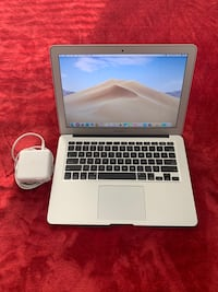 MacBook Air 2017 13 inch i5 8GB Ram 256 SSD Like New Apple Care 2020 College Park, 20740