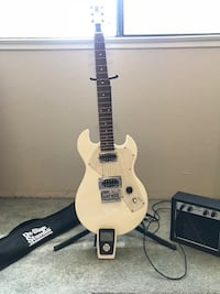 White electric guitar & Amp set  Modesto, 95354