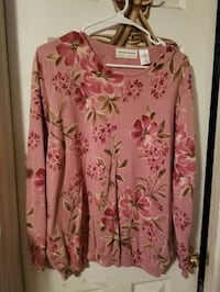 Alfred Dunner pink floral sweater size 1x Seagoville, 75159