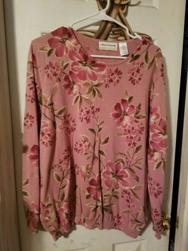 Alfred Dunner pink floral sweater size 1x
