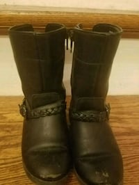 pair of black little girls size 9 boots Montpelier, 43543