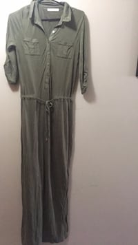 Gray / bottle green button-up long-sleeved dress Brampton, L6P 2E6
