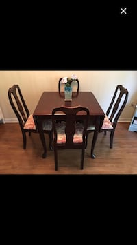 Queen Anne Dining Table Set Bowmanville