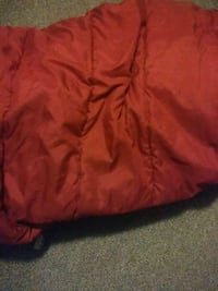 Red comforter only  149 mi