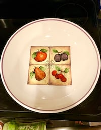 BRAND NEW Fiorentina Set of Matching Serving Bowl and Dinner Plates Falls Church, 22046