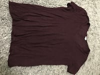 Burgundy loose V neck, size SM Port Coquitlam, V3B 1C7