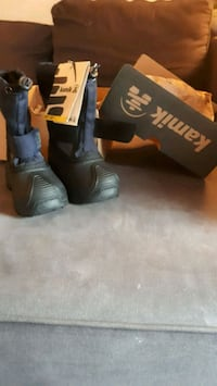 Toddler snow boots London, N6C 5E1