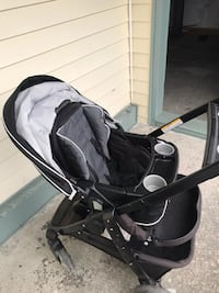 Graco click connect stroller with detachable bassinet seat