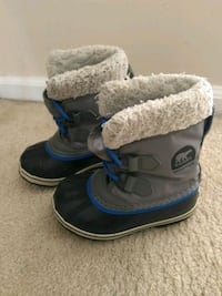 Sorel toddler boots - size 10