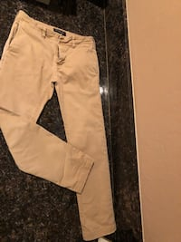 Men's brown pants Bakersfield, 93306