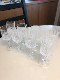Set of 8 Crystal Wine Glasses Surrey