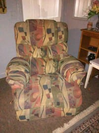 Multi colored rocking recliner Charleston, 29406