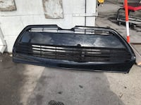 Lower grill bumper for a 2018 Toyota Corolla Sacramento, 95820